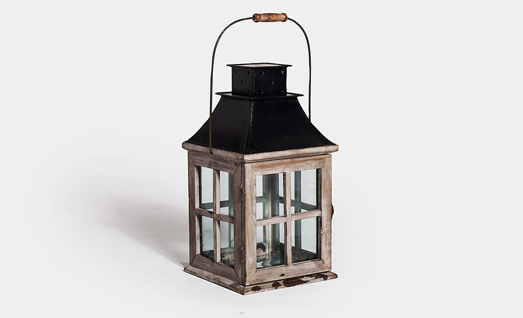 Rustic lanterns | Crimons