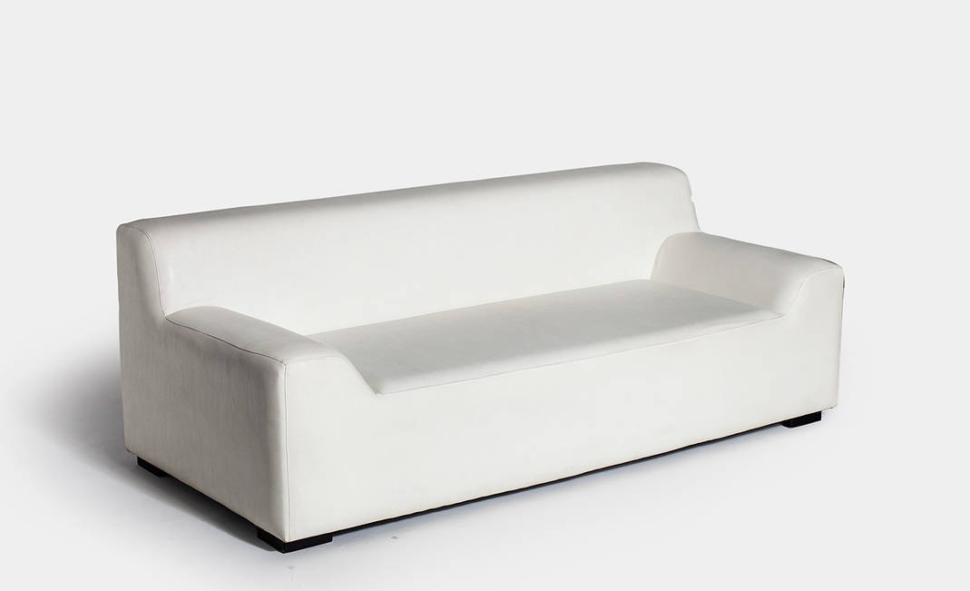 White Bergamo sofa  | Crimons