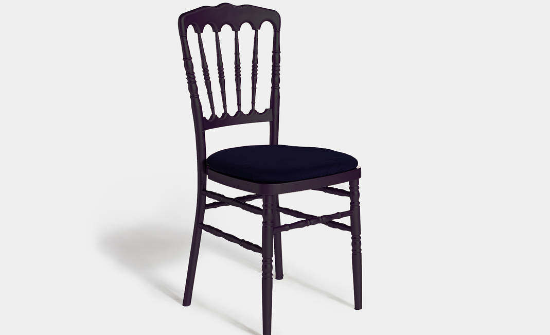 Black Napoleón chair | Crimons