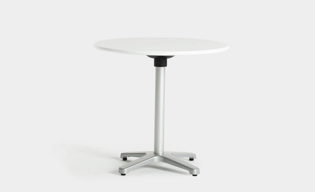 White rounded niza table | Crimons