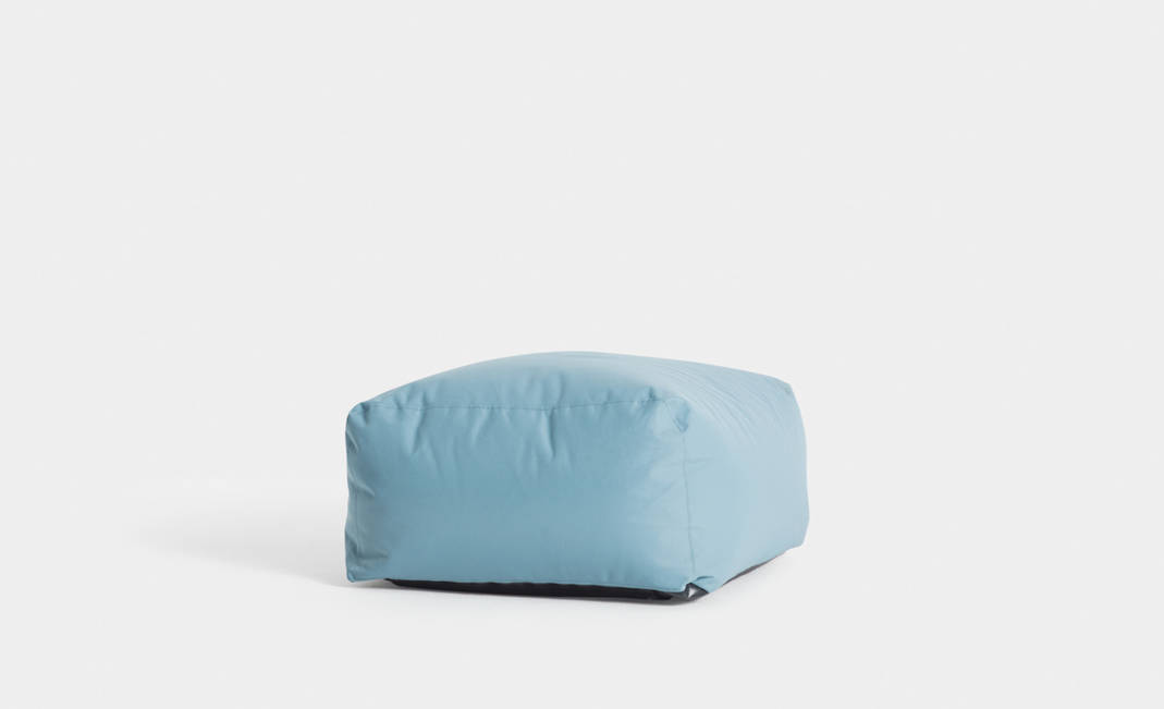 Blue softy puf | Crimons