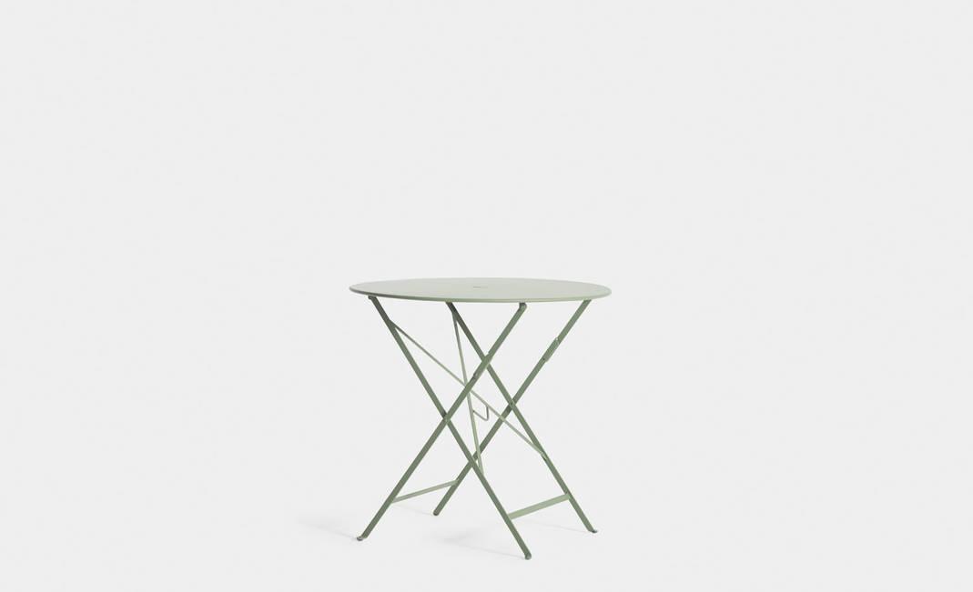 Alquiler de mesas para bodas y eventos mesa jard n verde - Mesa jardin plastico verde ...