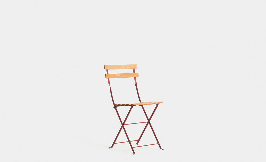 Red garden chair | Crimons