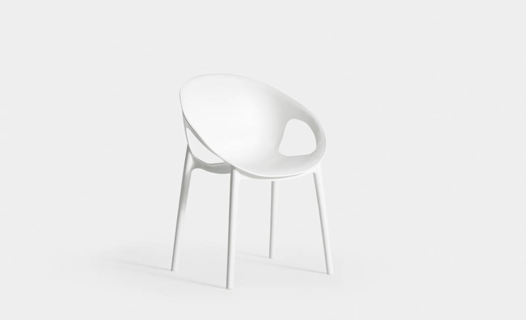 White Oh Armchair | Crimons