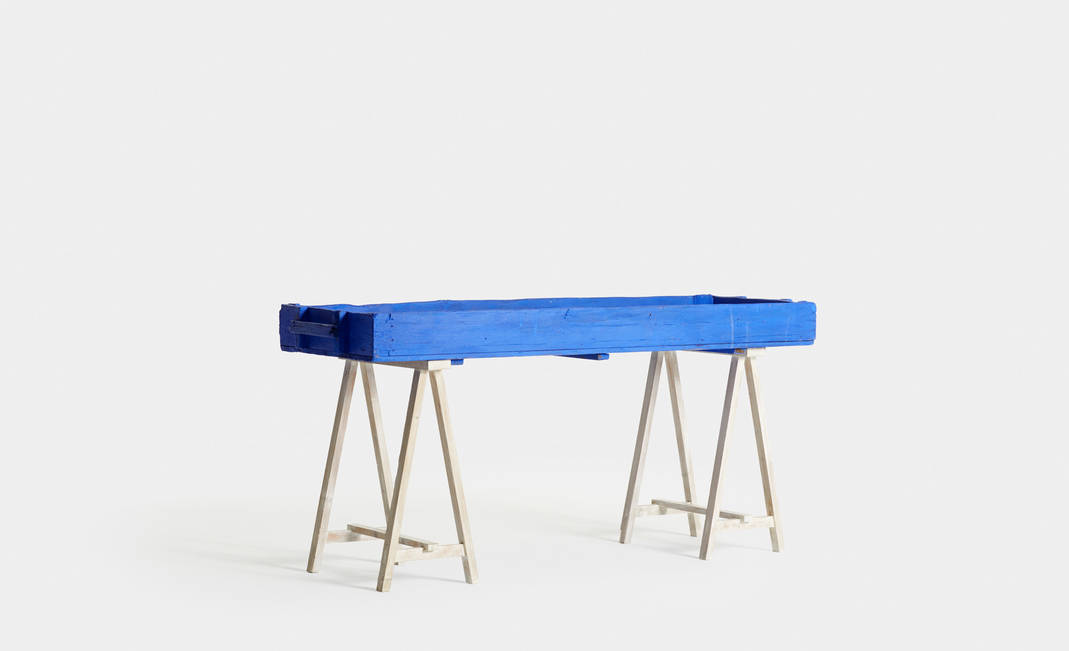 Blue Counter With Drawer | Crimons