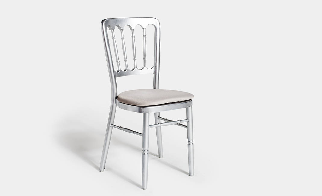 Silver chair Napoleón | Crimons