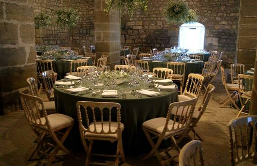 A wedding in green | Crimons
