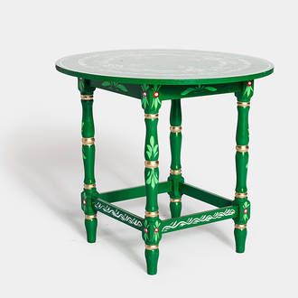 Green sevillian table | Crimons