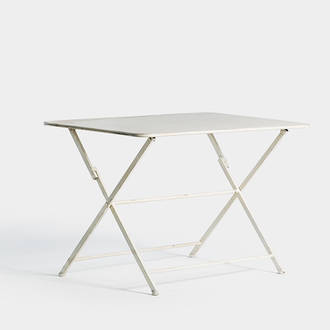 Square provencal table | Crimons