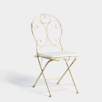 White provencal chair | Crimons
