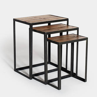 Set of 3 wooden tables | Crimons