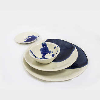 Florence crockery blue stain | Crimons