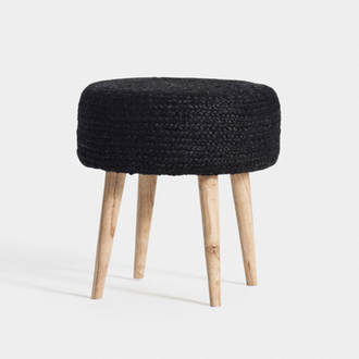 Black Straw Puf  | Crimons
