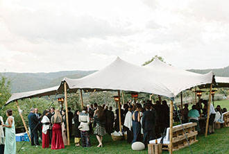 5 good reasons to hire a tent for an outdoors event | Crimons